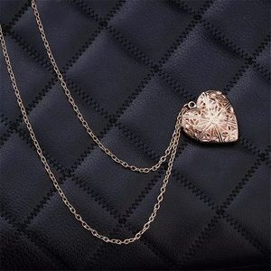 Jewelry - Gold Heart Shaped Locket Necklace